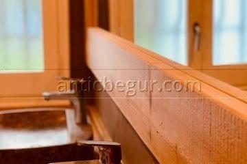 antic-begur-reforma-construccion-bano-madera-microcemento-5