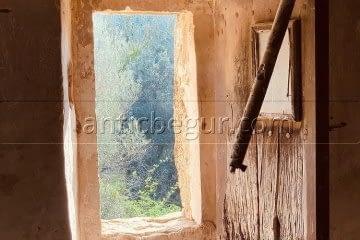 antic-begur-muebles-medida-restauracion-masia-catalana-baix-emporda6