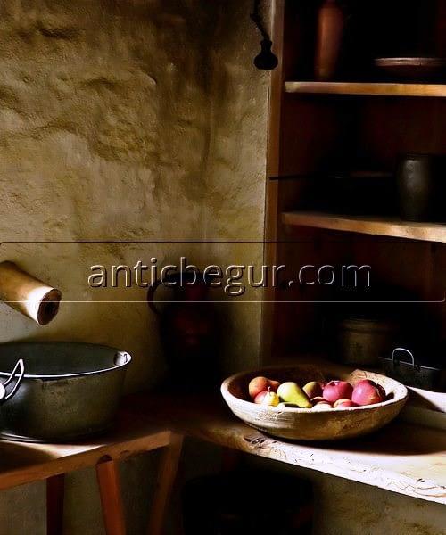 Alacenas muebles madera recuperados Anticuario Begur