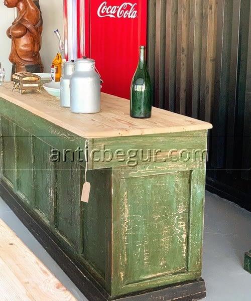Mostradores comerciales restaurados Antic Begur
