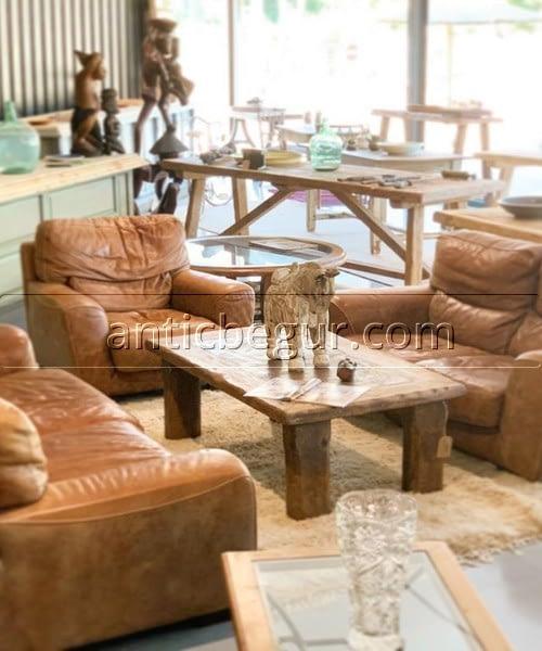 Sofás, sillones y bancos anticuario Antic Begur