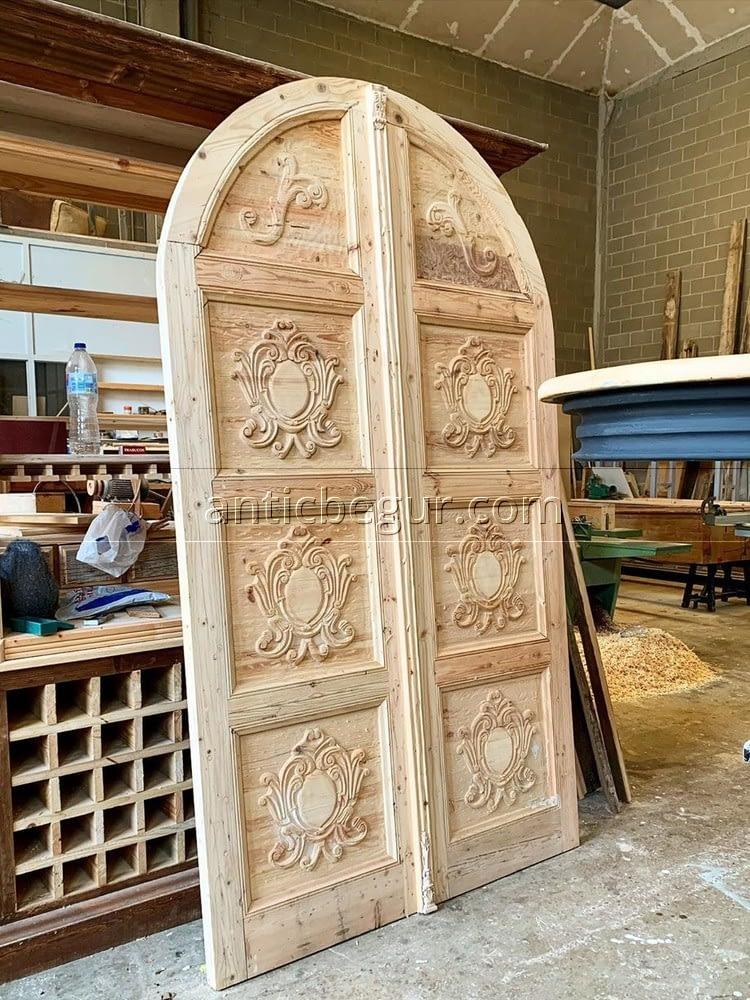 Auténticas puerta de estilo rústico