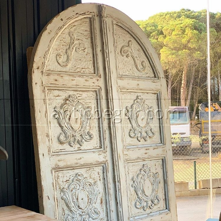 Las puertas antiguas de Antic Begur