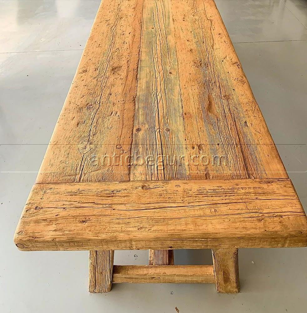 Mesa de madera estilo vintage